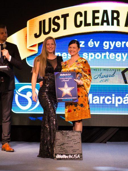 2020-02-19-just-clear-award-photo-u-2048_058