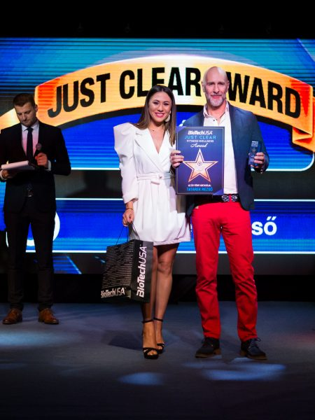 2020-02-19-just-clear-award-photo-u-2048_085