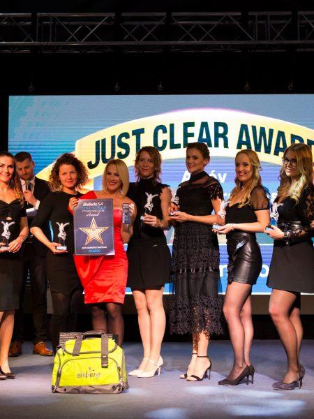 2020-02-19-just-clear-award-photo-u-2048_098