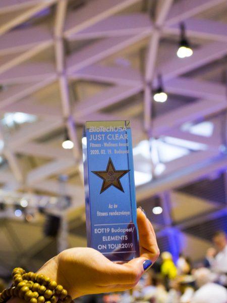 2020-02-19-just-clear-award-photo-u-2048_117