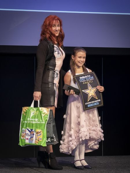 justclear-award-2019-023