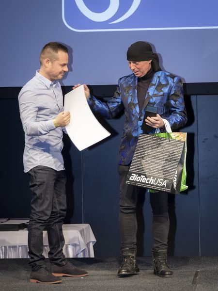 justclear-award-2019-115