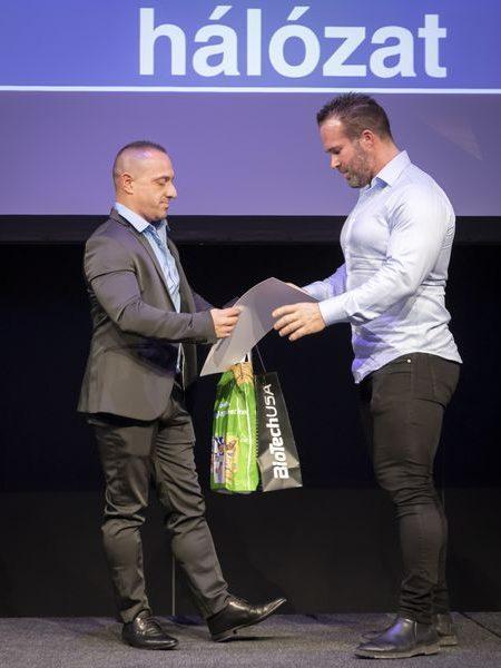 justclear-award-2019-141