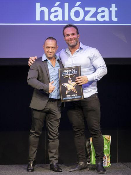 justclear-award-2019-143