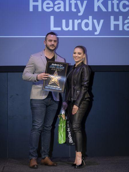 justclear-award-2019-151